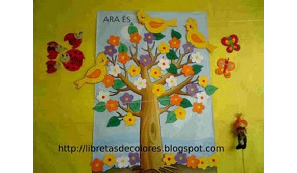 mural de primavera aprovechando algunas cosas que teníamos de otros